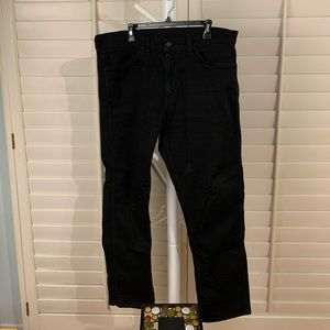 🌻HOST PICK Levi Men's 38x30 Black sharp/stylish!